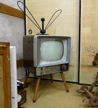 mono_tv.JPG